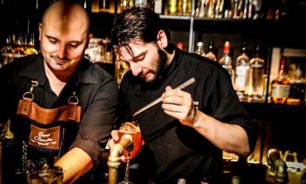 Cocktails y buena comida en Santos Vega