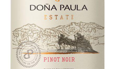 100% Pinot de Doña Paula