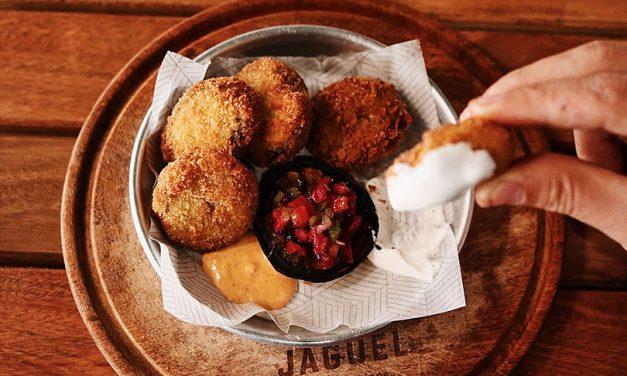 Celebra con cocina argentina y al aire libre en Jagüel