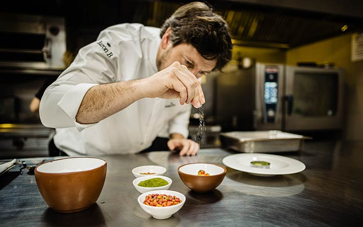 Santiago-Blondel_Gapasai-Resto_Final_Cocina