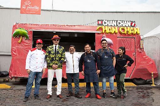Chan-Chan-con-José-Luis-Zapata,-del-restaurante-Las-Palmeras-de-la-Villa-31