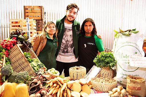 Frutas-&-Verduras-en-el-Mercado-Masticar