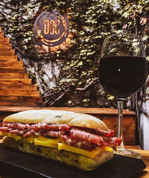 doc-bar-sandwich