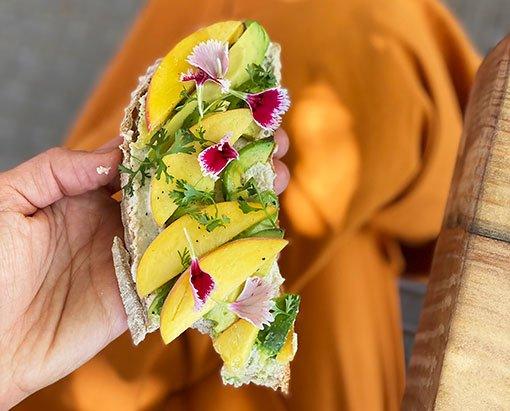 comida-plana-based-en-buenos-aires-restaurante-casa-nueza